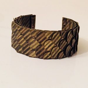 NWOT Tiled gold tone & black cuff bracelet